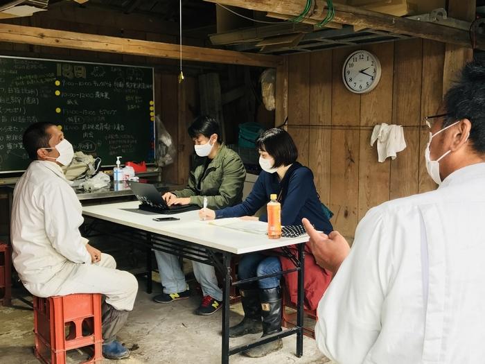 農育プロジェクト岡本さん(左)と岩槻さん(右)からヒアリング